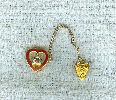 Enameled 2 Piece Chained Goldtone Heart Fraternal Pin Women of the Moose FHC