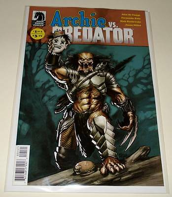 ARCHIE Vs. PREDATOR # 1 Cover B  Dark Horse Comic April 2015  NM