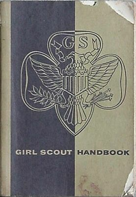 1961 Girl Scout Handbook (Girl Scouts Of The Usa
