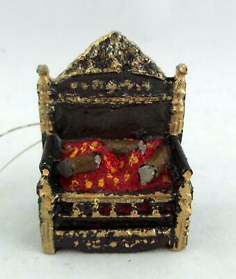 Dolls House Miniature Light Up Electric Victorian Fire Grate with Glowing Logs