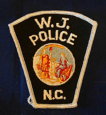 W.J., North Carolina Police Shoulder Patch (invp2684)