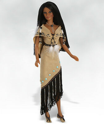 "17"" Sandra Bilotto NATIVE AMERICAN NAMID VINYL FASHION  DOLL  NRFB"