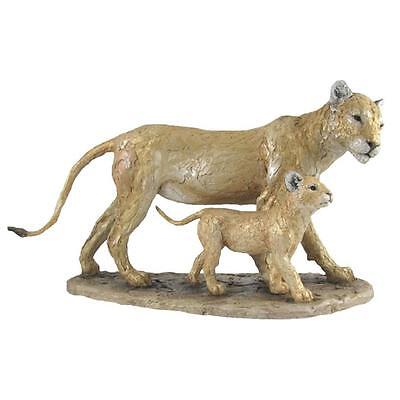 Szeiler Collection CA00344 Lioness and Cub
