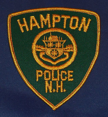 Hampton, New Hampshire Police Shoulder Patch (invp3910)