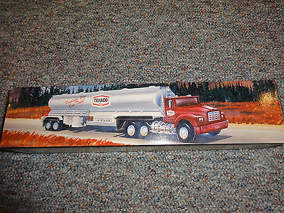Texaco Toy Tanker Truck 1975- 1995 Edition