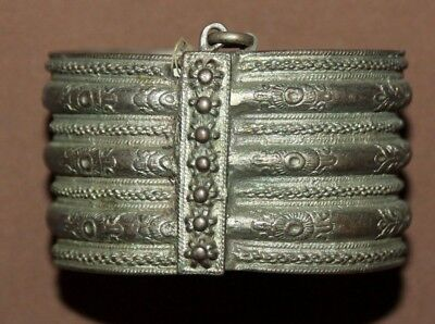 Antique Greek folk ornate floral silver hinged bracelet • CAD $240.32