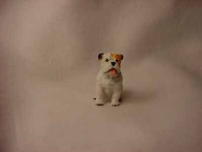 BULLDOG white puppy TiNY Dog FIGURINE Resin HAND PAINTED MINIATURE Mini Statue