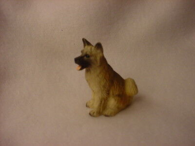 AKITA fawn brown puppy TiNY FIGURINE Dog HAND PAINTED MINIATURE Mini Statue NEW