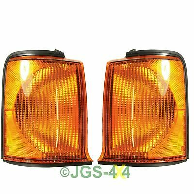 Land Rover Discovery 2 Front Amber Indicator Lamps - XBD100870 + XBD100880