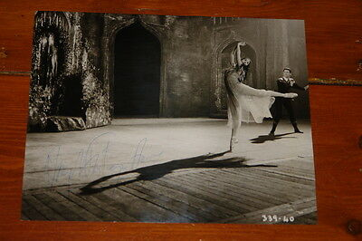 Margot Fonteyn Authentic Beautiful Hand Signed Press Photo Ballet Autograph 35