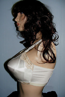 """BULLET BRA COLESCE COUTURE""""LADY CAMEO""""#300 -LACY BEIGE sz.28 DD Cup-NEW"""