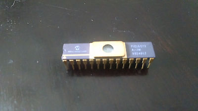New Microchip Integrated Circuit Dip-28 Pic16C73 Gold
