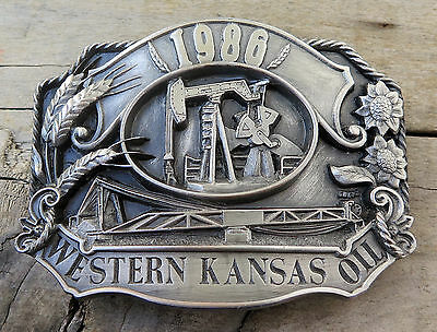 Western Kansas Oil Derrick Pump Petroleum Siskiyou 1980's Vintage Belt Buckle