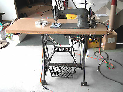 Singer Industrial Sewing Machine Antique 1921 Model 31-15 Complete w/Stand Motor
