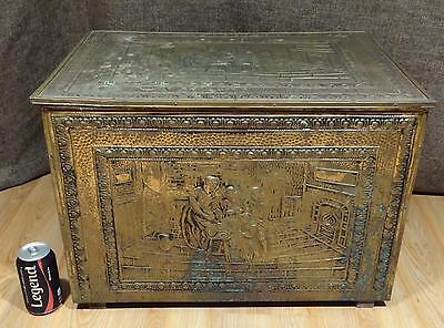 "VINTAGE/ANTIQUE EXTRA LARGE 23""x16"" EMBOSSED BRASS COAL SCUTTLE/HOD BOX"