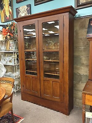 GORGEOUS LARGE ANTIQUE SOUTHERN PINE FEATHERPAINTED BOOKCASE circa 19th c