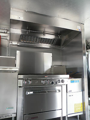 8 FT TYPE l FOOD TRUCK KITCHEN EXHAUST HOOD W/ BLOWER / CURB FOR CONCESSION