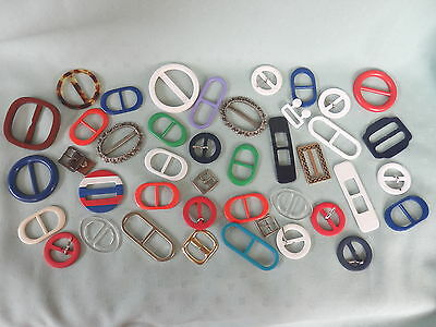 BELT BUCKLES   Multi Colour   BULK LOT  39 Plus    VINTAGE   Plastic    ETC.