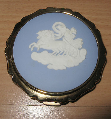 Jasperware Wedgwood Stratton Powder Compact Woman & Chariot Unused with tags