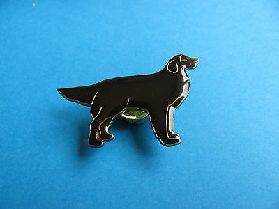 Brown Dog pin badge. Good Condition.