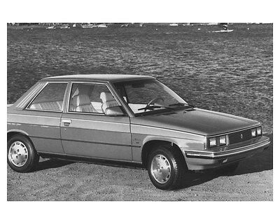 1983 Renault Alliance Automobile Photo Poster zch8501