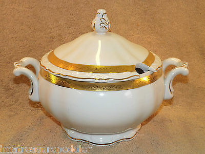 Mitterteich Bavaria White with Gold Band Embossed Tureen Capanni Angelo