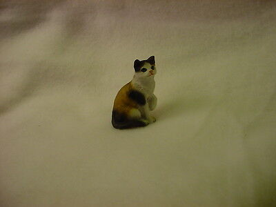 CALICO kitty kitten TiNY CAT Figurine HAND PAINTED MINIATURE Statue COLLECTIBLE