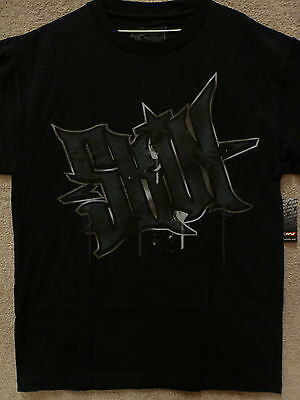 "Skin Industries Men T-Shirt ""Stance"" -- Color Black, Size M-L"