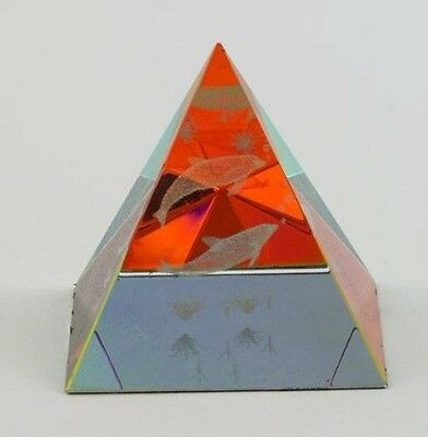 DOLPHIN Design Glass Pyramid shaped Paperweight  NEW in BOX  2681