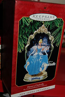 Hallmark 1997 Disney Cinderella Princess Enchanted Memories series 1st Ornament