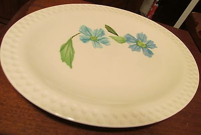 Iriquois Intaglio Painted Daisy Blue Platter 11 1/2 Inches