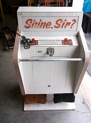 Shoe Shine Machine  1950 s / 1960 s  LQQK!!!!!!    UNIQUE