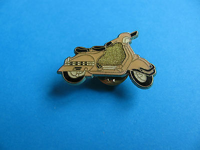 SCOOTER, Pin Badge. Motorcycle Interest.