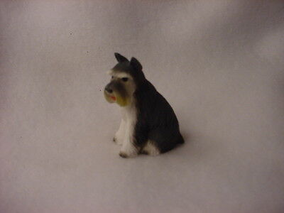 GRAY SCHNAUZER cropped puppy TiNY FIGURINE Dog MINIATURE Mini resin Statue NEW