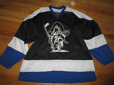 Athletic Series II YOSEMITE SAM No. 18 (XL) Hockey Jersey