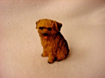NORFOLK TERRIER puppy TiNY Dog FIGURINE Resin MINIATURE Mini Statue Collectible