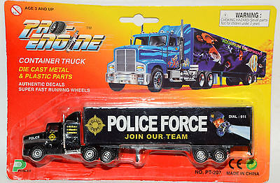 "Werbetruck ""Police Force"""