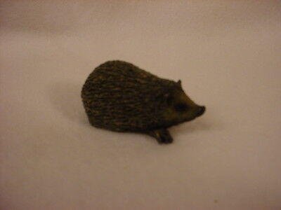 HEDGEHOG animal TiNY FIGURINE Resin HAND PAINTED MINIATURE Mini Wildlife Pet NEW