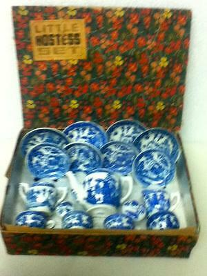 1945-52, Occupied Japan, Blue Willow 17pc Med. Size Childs Tea Set in Orig. Box