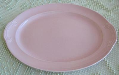 """Taylor Smith Taylor LuRay Pastels Sharon Pink 13.5"""" Oval Platter"""
