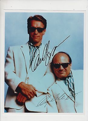 Arnold Schwarzenegger and Danny Devito TWINS signed photograph with COA
