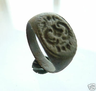 Ancient post-medieval bronze seal-ring (427).