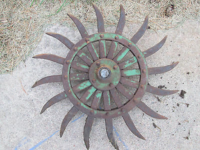 Green JD Rotary Metal Spike Cultivator Hoe Wheel Sunflower Vintage Antique