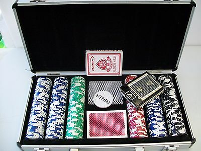 300 Pc Poker Chip Set With Case 4 Decks Of Cards