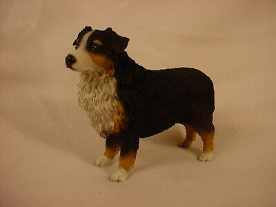 AUSTRALIAN SHEPHERD dog HAND PAINTED FIGURINE Resin TRI COLOR AUSSIE Tricolor