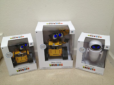 Disney PIXAR Wall-E & EVE Interactive & U-COMMAND Talking Light Up Thinkway Toy