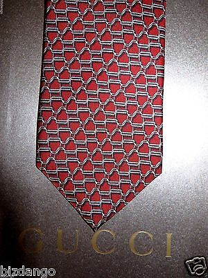 NEW TAG 100% Authentic GUCCI  Silk Men's  Tie .$199 Retail .. Gift bag