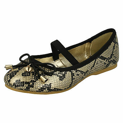 WHOLESALE Girls Shoes / Sizes 10x2 / 16 Pairs / H2349