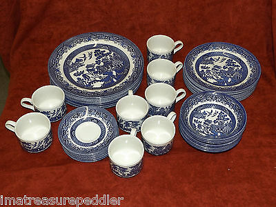 Churchill  England  Staffordshire 40 Piece Dinnerware setting for 8