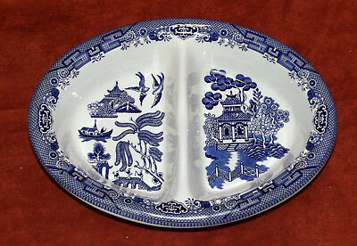 """Churchill Staffordshire England Blue Willow 9 3/4"""" Oval Divided Vegetable Dish"""